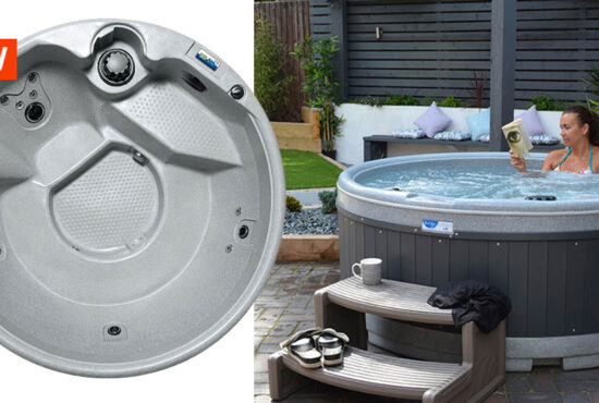 NEW ECO FRIENDLY 4-5 PERSON HOT TUB